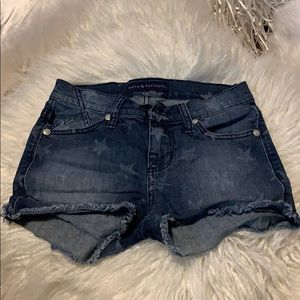 Rock & Republic size 2 denim frayed star shorts